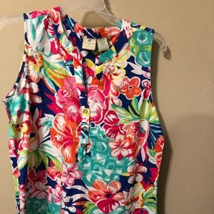 Beautiful tropical sleeveless shirt